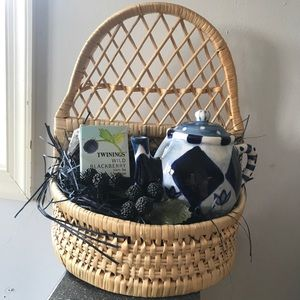 Anthropologie NEW Tea Pot Kettle Gift Wall Basket!